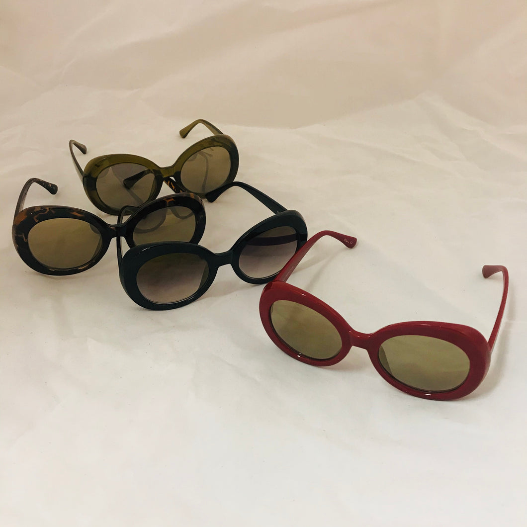 Decades Round Retro Sunglasses
