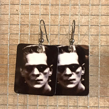 Load image into Gallery viewer, Light Weight Metal Earrings