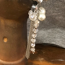 Load image into Gallery viewer, Pearl and Crystal Statement Stretch Bracelet