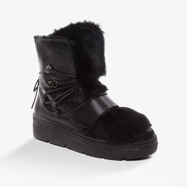 UGG HAZEL SNOW STYLE BOOTS