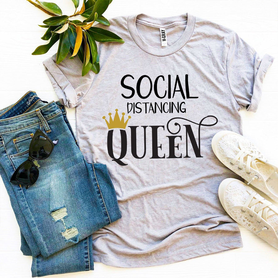 Social Distancing Queen T-Shirt - Bucket Social