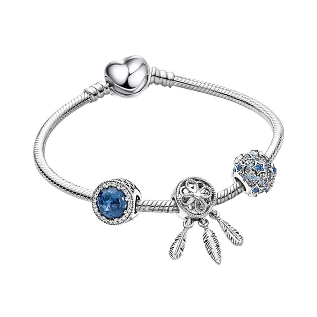 Bracelet with blue charms