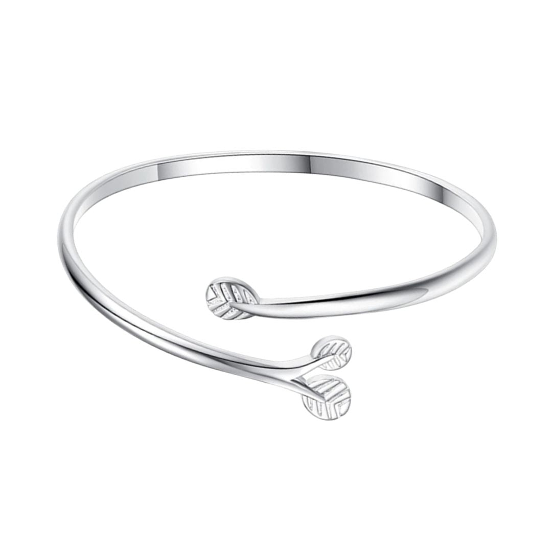 Rigid bracelet leaf motif