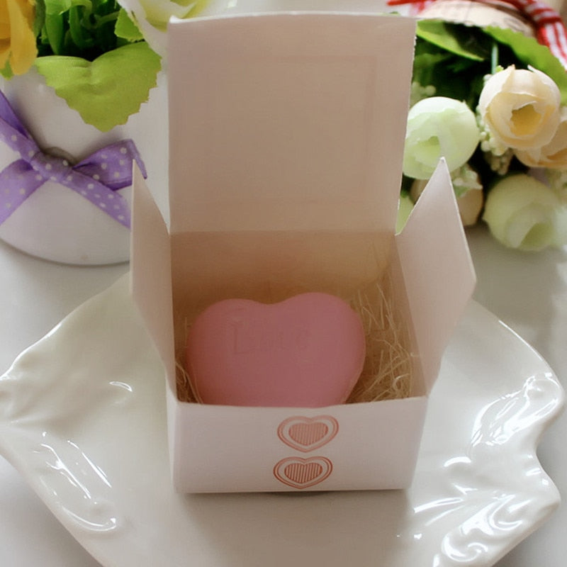 Handmade love heart-shaped soap [1pc]