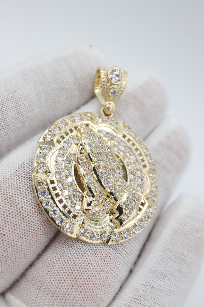 *NEW* 14K CZ Round Praying Hands Pendant - JTJ™ - Javierthejeweler