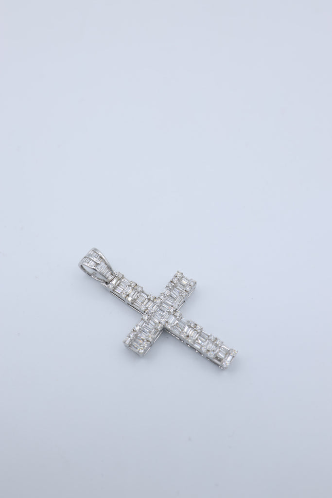 *NEW* 14K White Gold Diamond Cross Pendant JTJ™ - Javierthejewelernyc