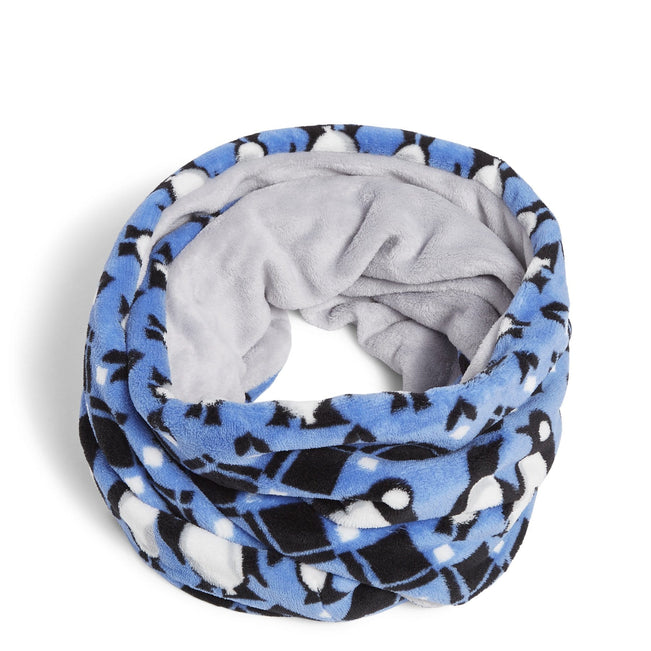 Fleece Loop Scarf-Penguins Intarsia-Image 1-Vera Bradley