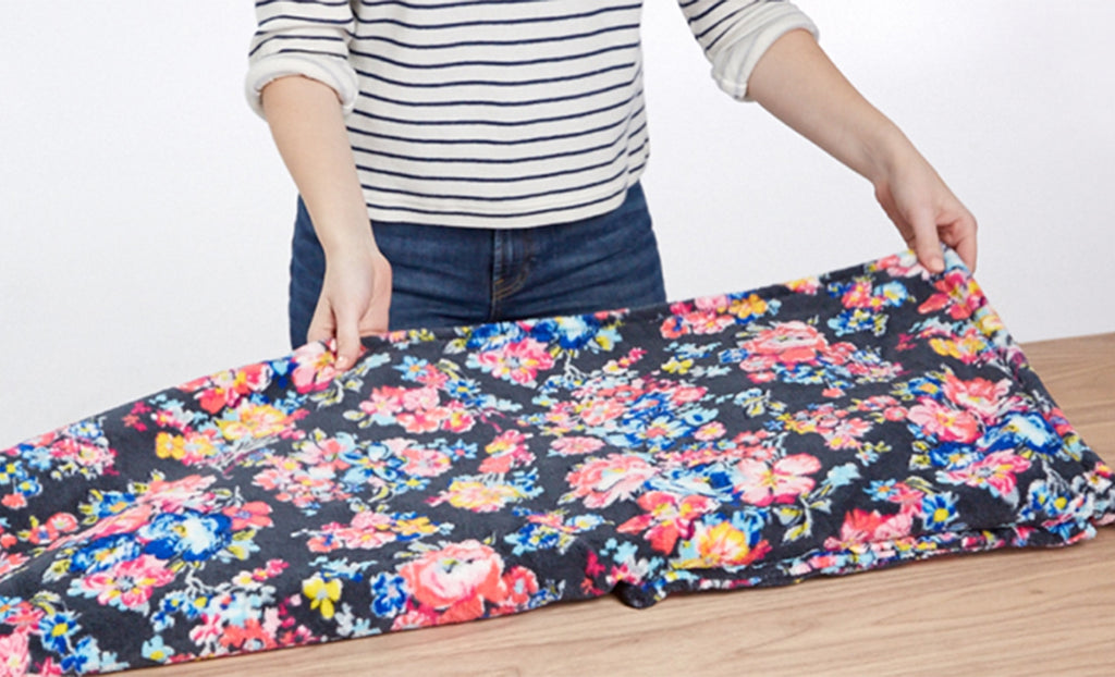 How-to: Fold the Fleece Travel Blanket