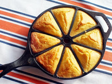 Load image into Gallery viewer, Wagner Ware Corn Bread Skillet