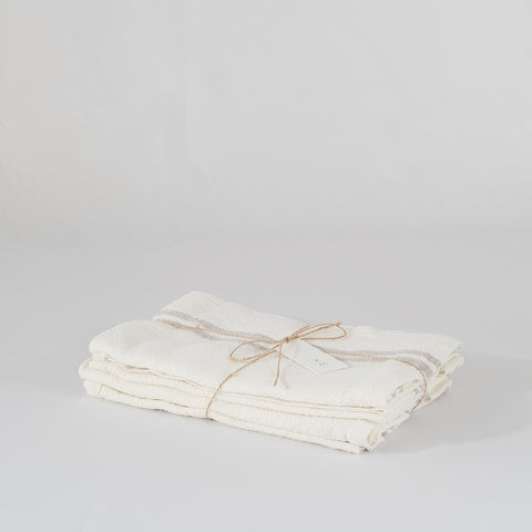Vintage Linen Napkins - set of 4