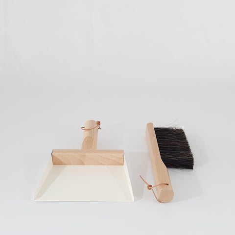 Dust pan and brush - white - KM Home