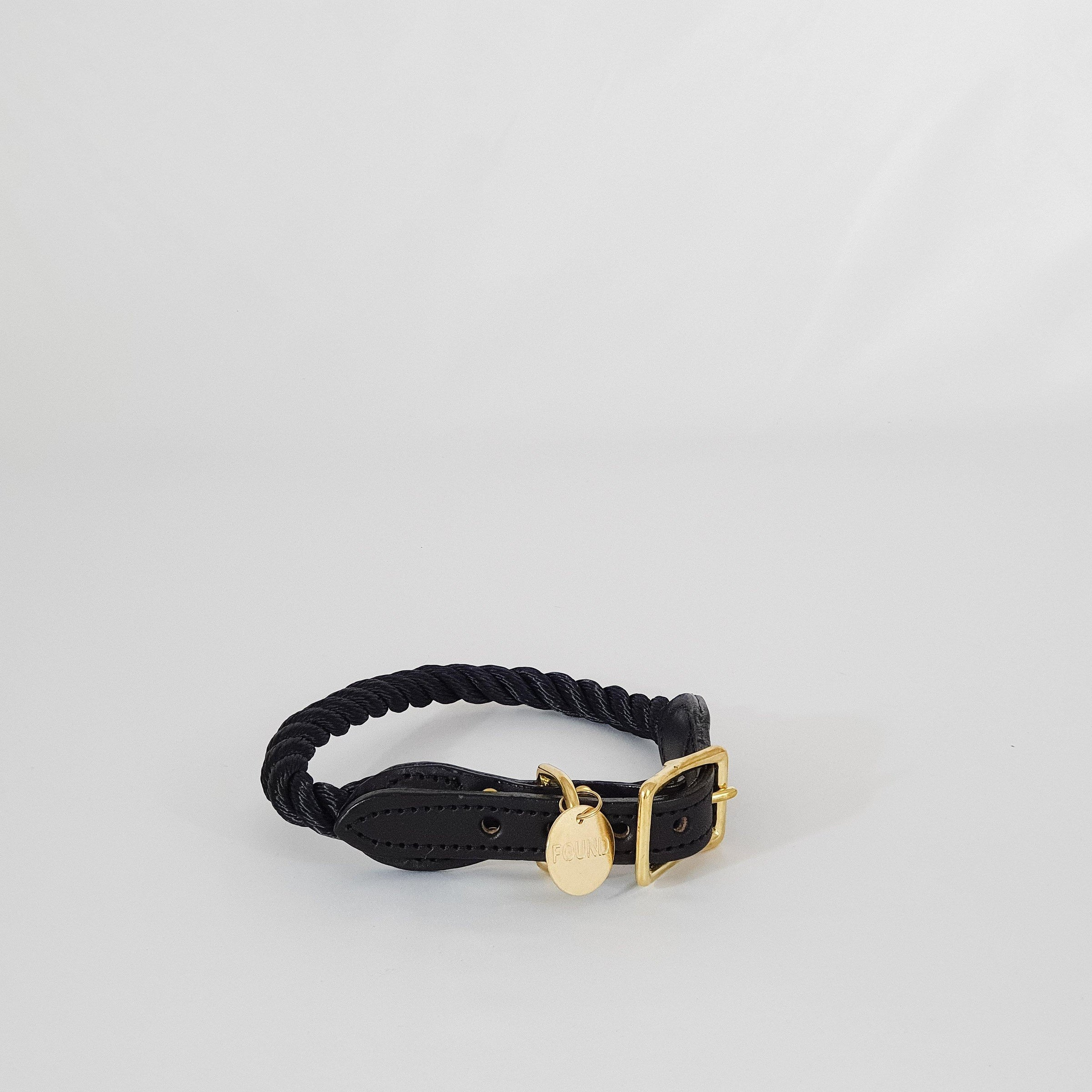 Black Collar Large - KM Home