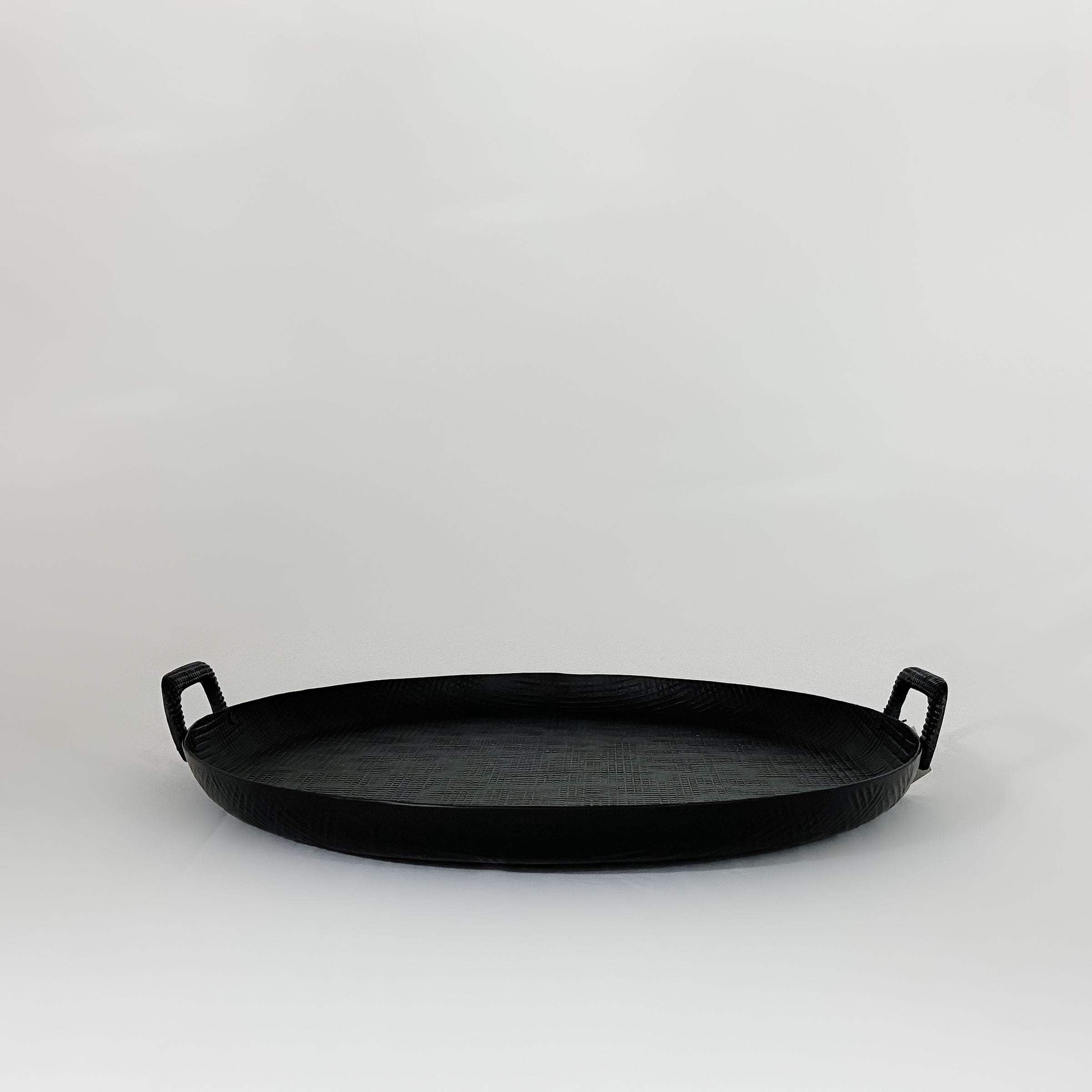Round Embossed Aluminum Tray with Handles