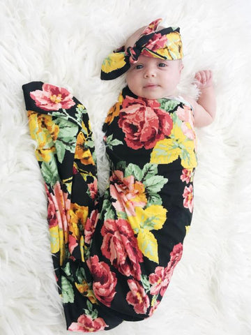 Mod Bouquet Black Oversized Blanket + Headband Set