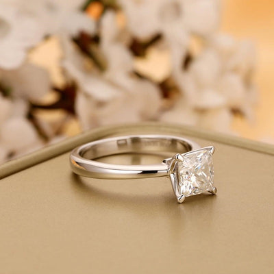 1 carat princess cut moissanite ring