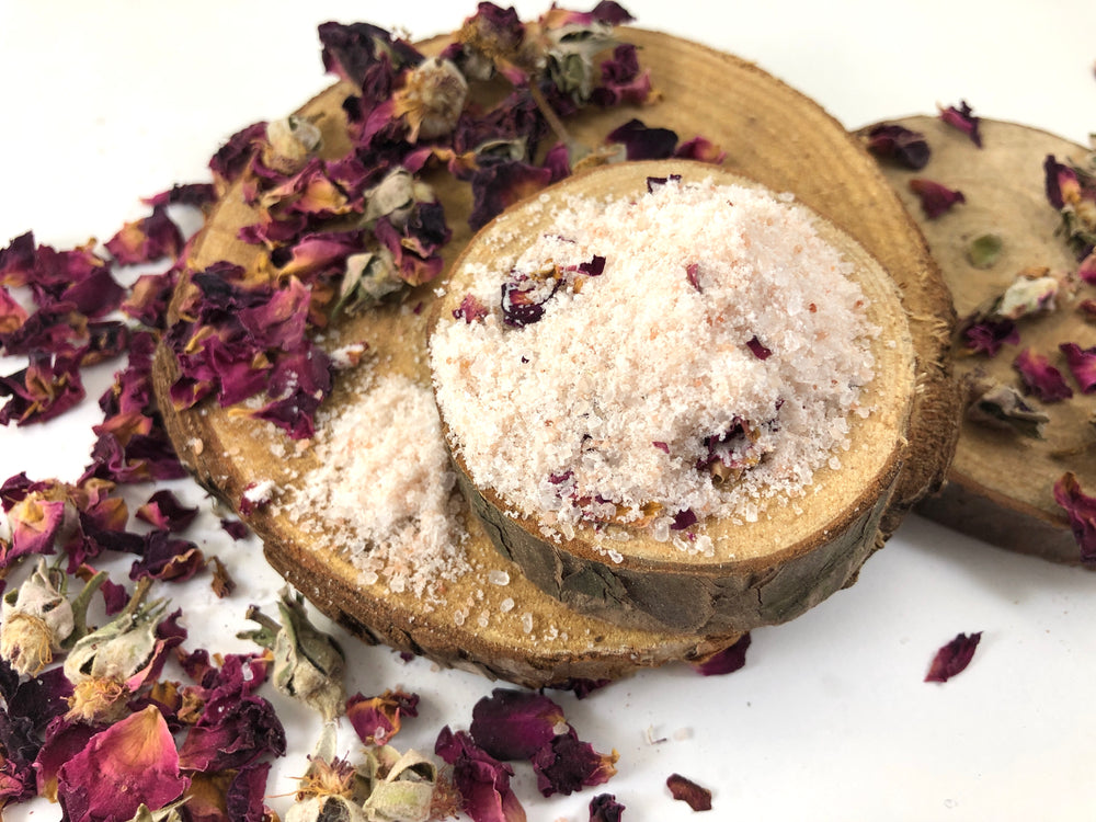 Load image into Gallery viewer, Rose & Coconut Bath Salt