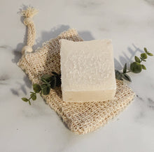 Load image into Gallery viewer, Peppermint Eucalyptus Salt Bar