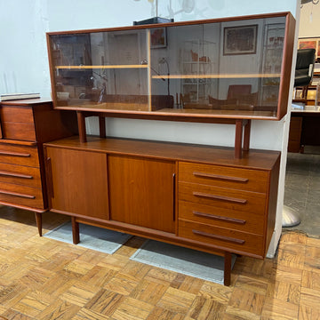Dark Teak Hutch/Sideboard