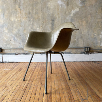 Eames Rope Edge Arm Shell Chair
