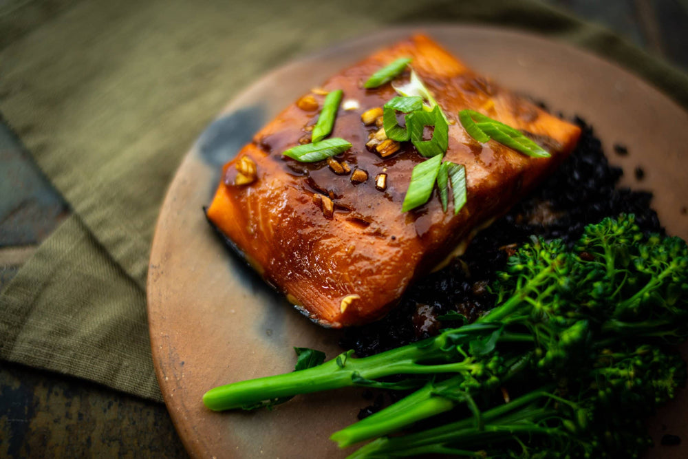 Load image into Gallery viewer, Salmon and broccolinni recipe.