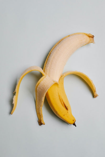 how to clean the silver with banana