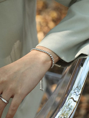 Silver Bracelets for Women Can Tarnish According to Person