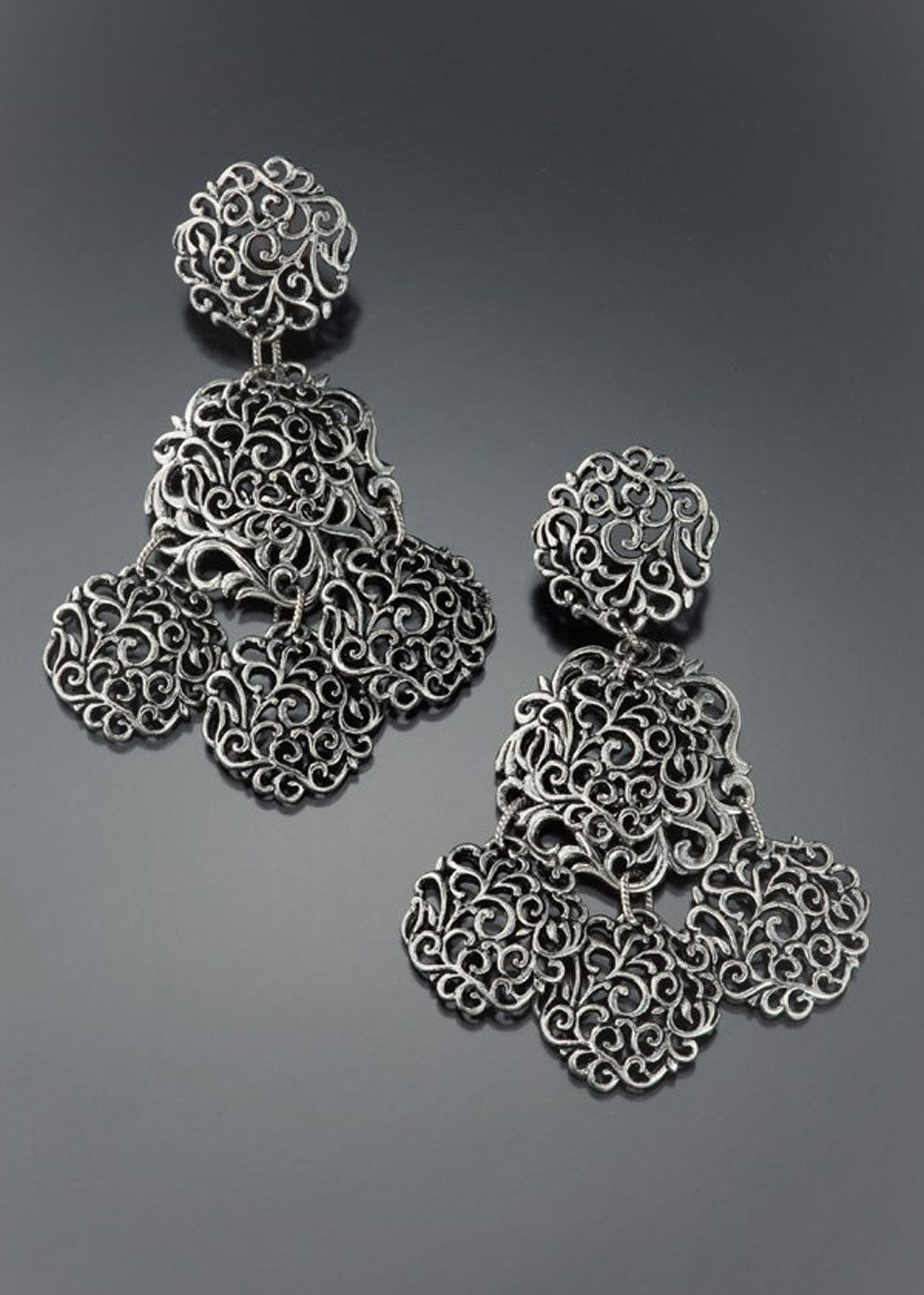 Silver Filigree Disc Chandelier Earring