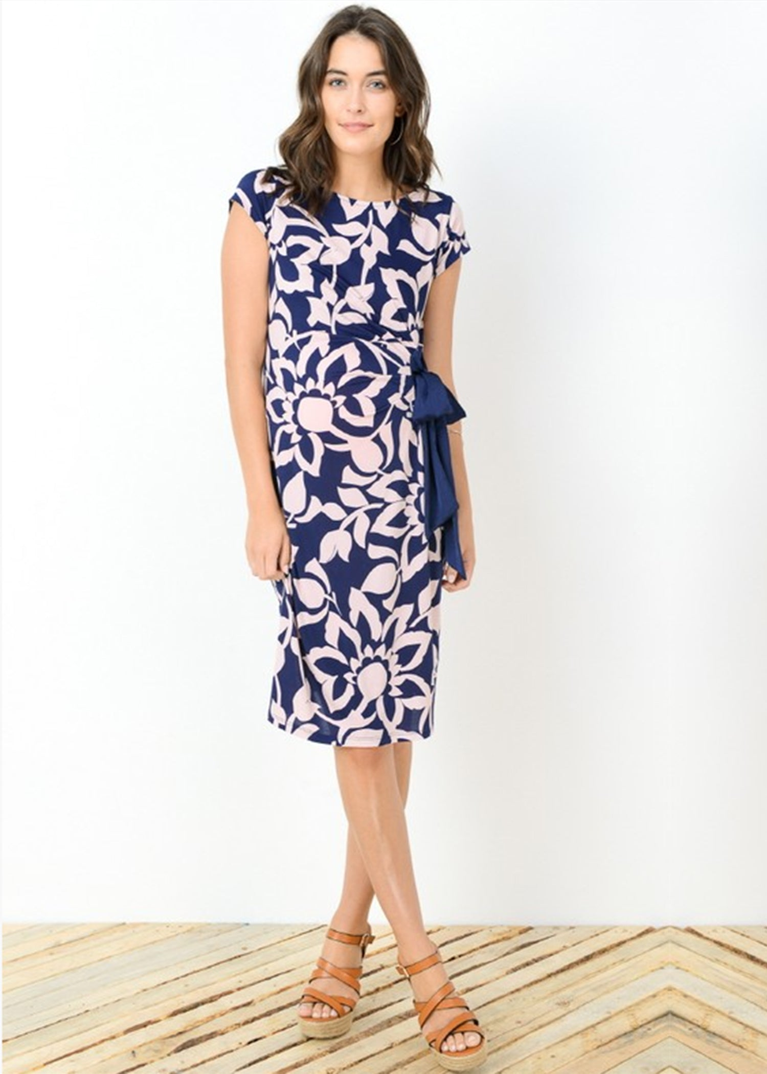 Mod collective by modish maternity drape side tie maternity dress drape side tie dress in peach print ombrellifo Images