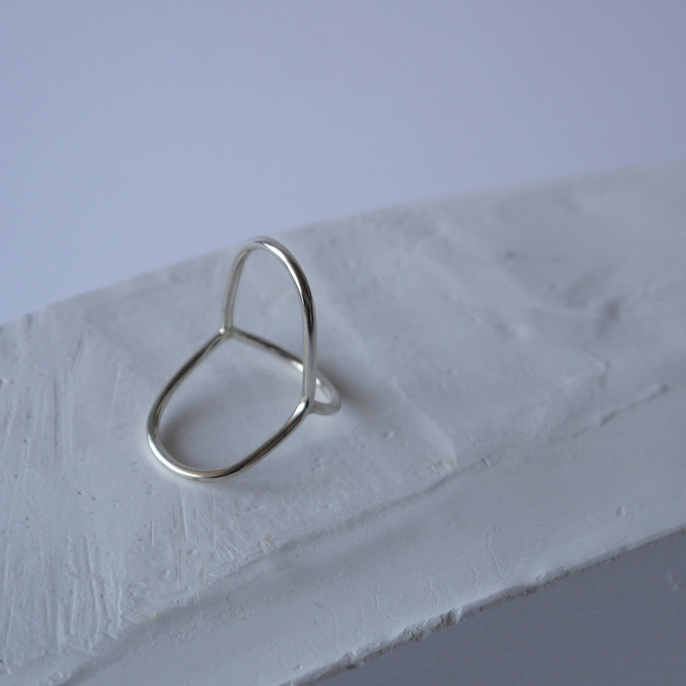 brillpiece line lip ring (SILVER)