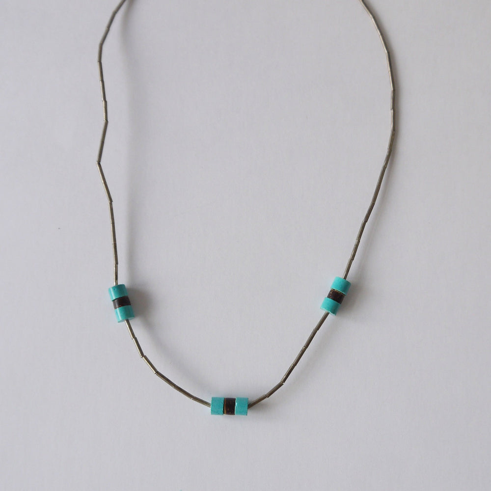 Load image into Gallery viewer, Vintage Native American Turquoise Sterling Bead Choker