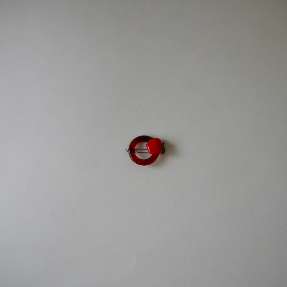 Load image into Gallery viewer, vintage Apple hoop circle hair clip 1980s barrette/red
