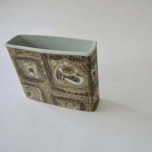 Load image into Gallery viewer, 1960's Vintage Royal Copenhagen earthenware vase by Nils Thorsson