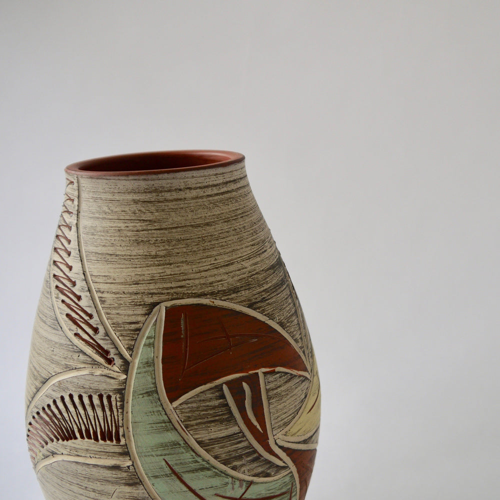 Load image into Gallery viewer, 1950's Vintage East German pottery Matt pastel glazes ceramic vase