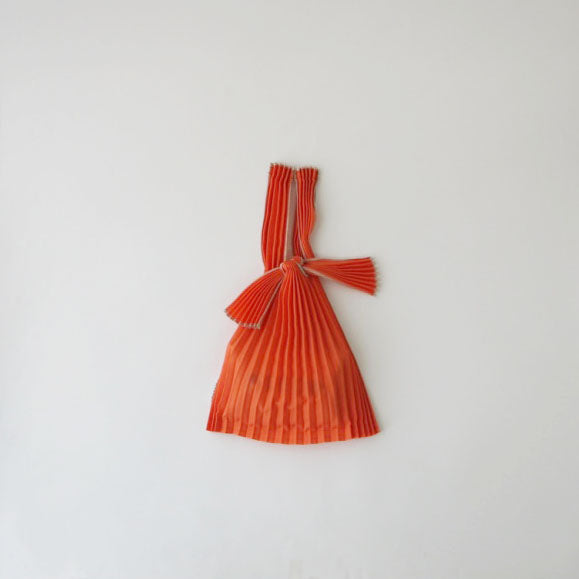 Load image into Gallery viewer, knaplus PLECO TATE-PLEATS mini 照柿(orange)