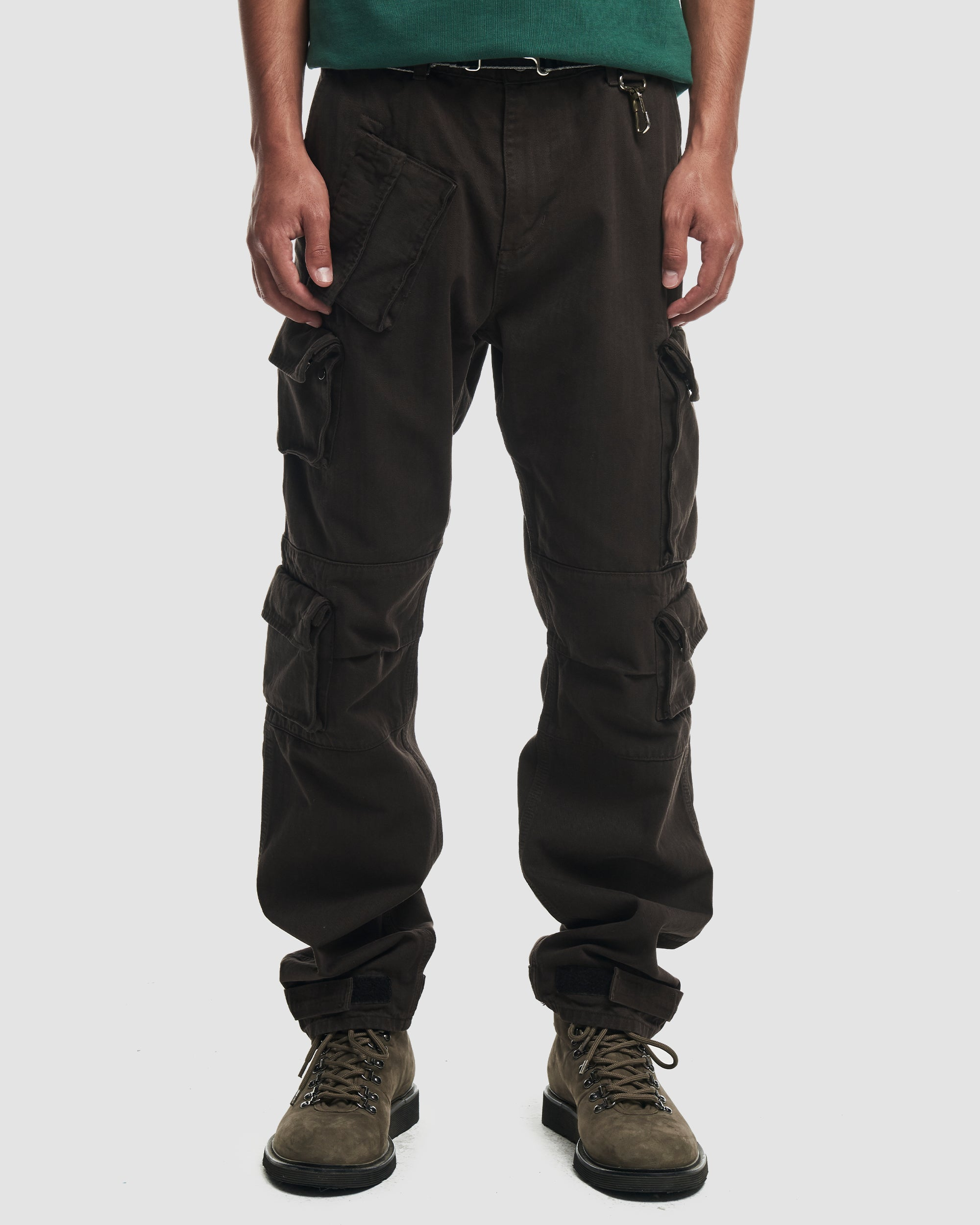 Herringbone Cotton Cargo Trouser in Brown