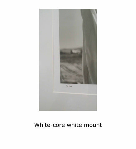White-core white mount