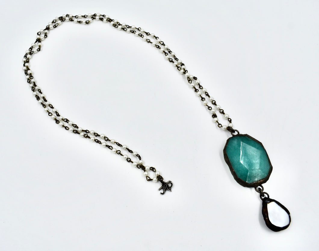 Pearl Necklace with Green Onyx and Pearl Pendant