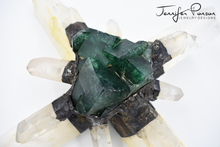Load image into Gallery viewer, Selenite Cross with Fluorite and Quartz Points