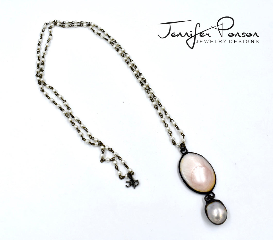 Pearl Necklace with Mother of Pearl and Pearl Drop