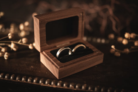 Walnut Double Ring Box