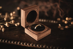Walnut Square Ring Box