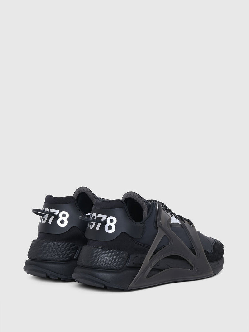Diesel: S-SERENDIPITY MASK SNEAKERS (BLACK)