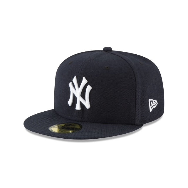 New Era Authentic 59Fifty Fitted: New York Yankees (Navy)