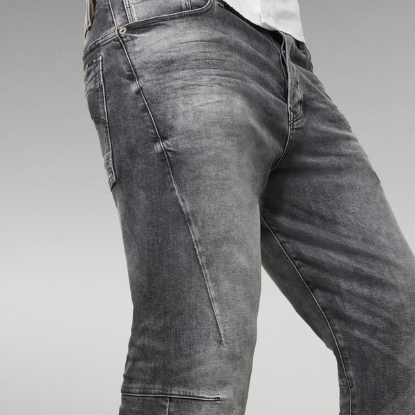 G-STAR RAW: SCUTAR 3D SLIM TAPERED Denim Jeans (VINTAGE BASALT)
