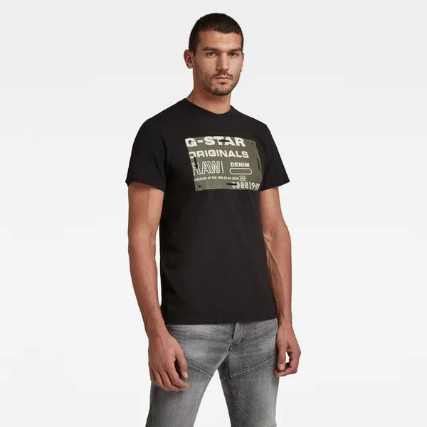 G-STAR RAW: FLOCK BADGE GRAPHIC T-SHIRT (DARK BLACK)