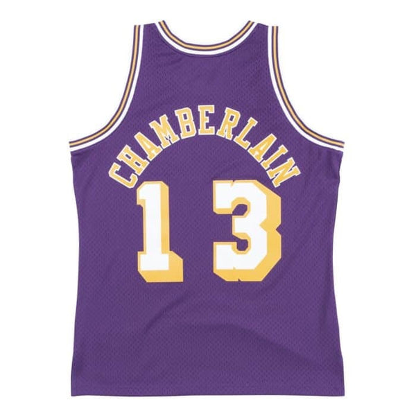 Mitchell & Ness: NBA Swingman Collection Wilt Chamberlain Jersey ('71 Lakers - Road)