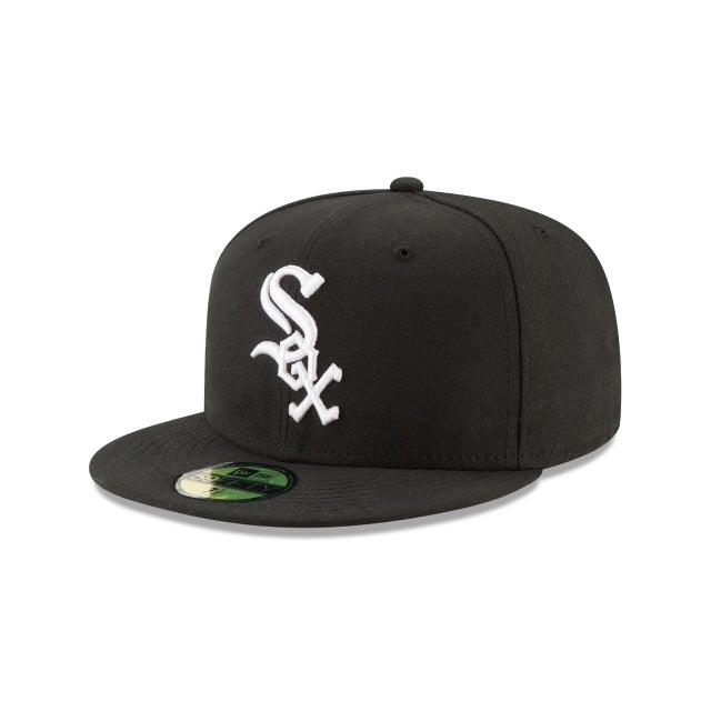 New Era Authentic 59Fifty Fitted: Chicago Whitesox (Black)