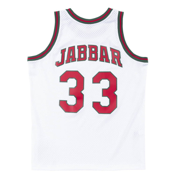 Mitchell & Ness: NBA Swingman Collection Kareem Abdul-Jabbar Jersey ('71 Bucks - Home)