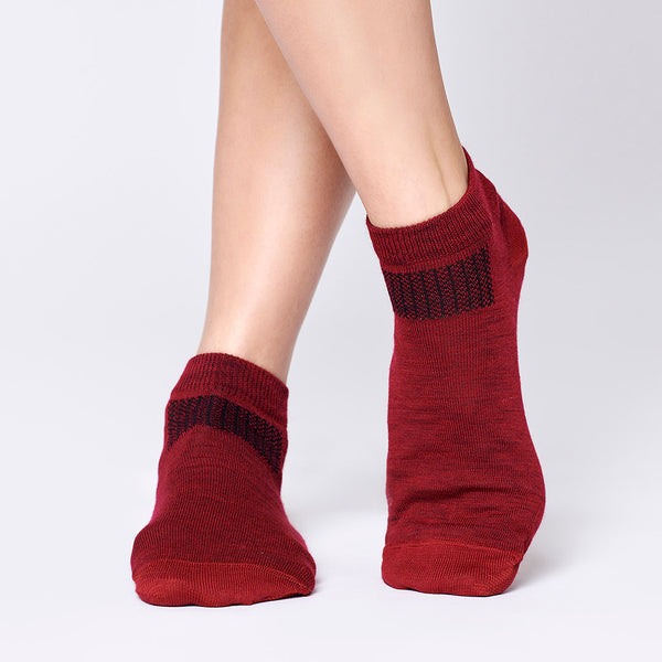 Everyday Merino Short Socks - Cranberry Red