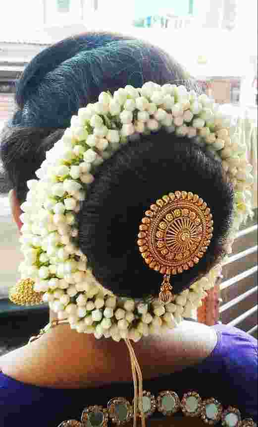floral-juda-hairstyle-women